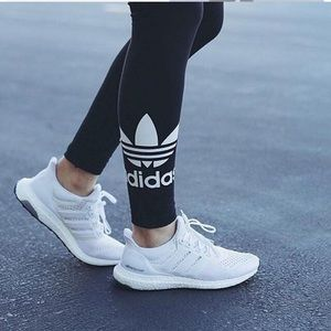 Adidas ultra boost triple white running shoe 6.5